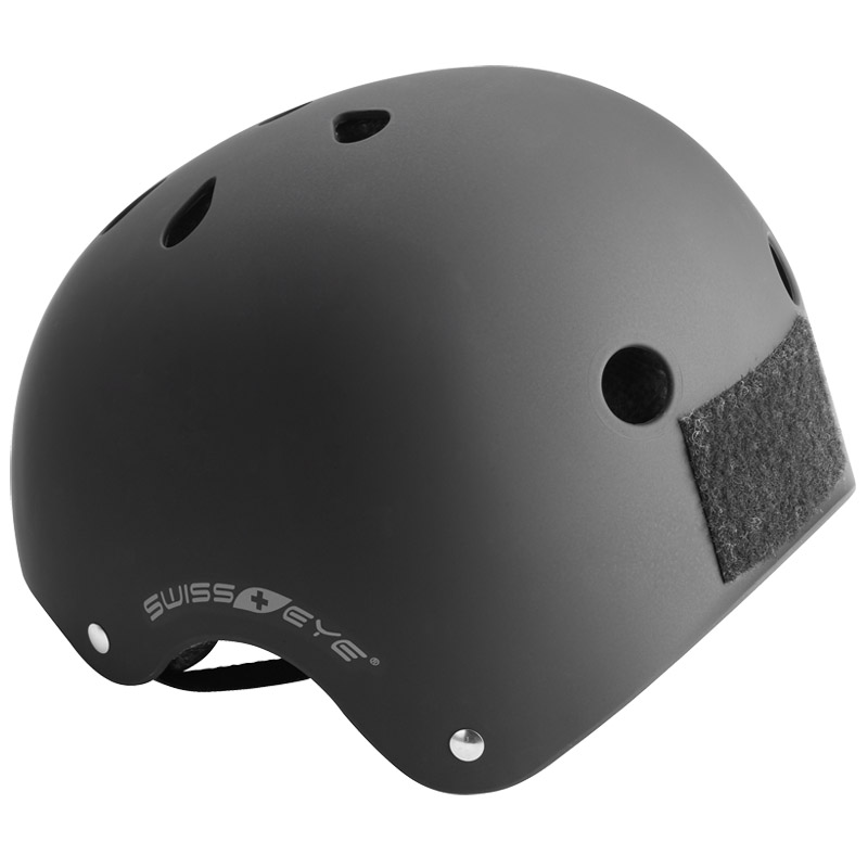swiss_eye_training_helmet_black_amaz_2a